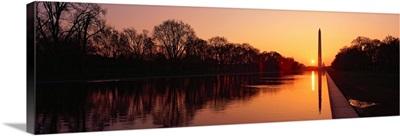 Sunset on the Washington Monument