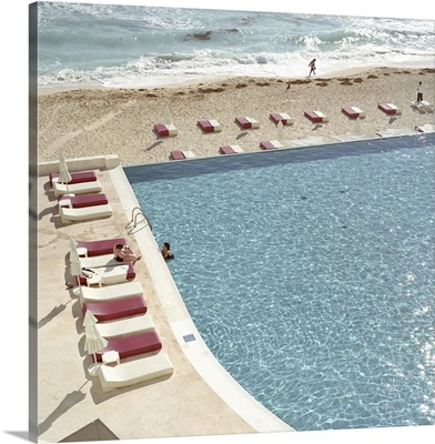 Swimming pool with beach at Cancun, Mexico