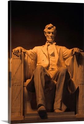 The Lincoln Memorial at night, Washington, DC, USA