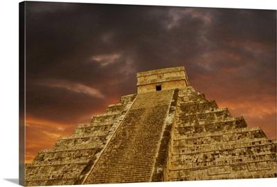 The Mayan monument of Chichen Itza Pyramid