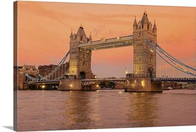 Tower Bridge at dusk in London.