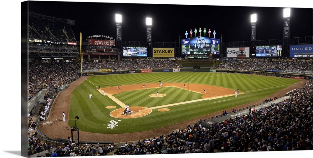 U S  Cellular Field as 23,054 fans watch the Chicago White Sox play the  Minnesota Twins