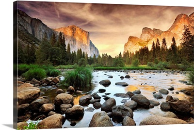 Valley at sunset, Yosemite.