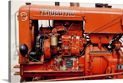 Vendeuvre tractor engine