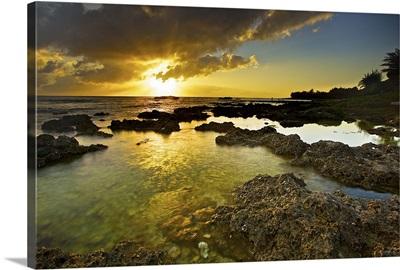 Wanliton lagoon at sunset