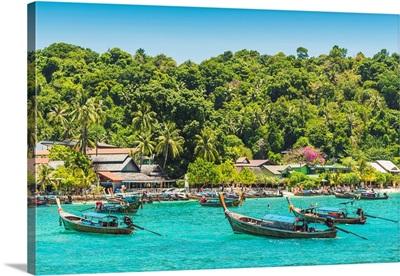 Ao Ton Sai Beach, Ko Phi Phi Don, Krabi Province, Thailand.