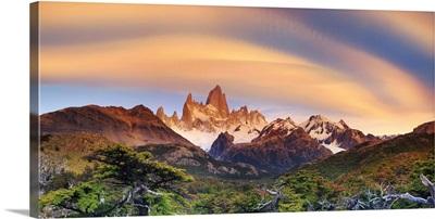 Argentina, Patagonia, El Chalten, Los Glaciares National Park, Cerro Fitzroy Peak