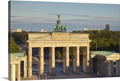 Brandenburg Gate, Pariser Platz, Berlin, Germany