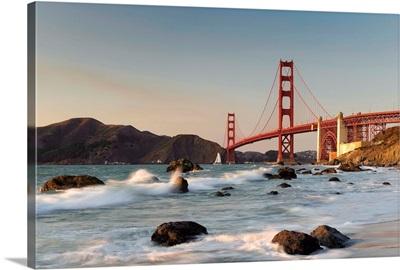 California, San Francisco, Baker's Beach and Golden Gate Bridge