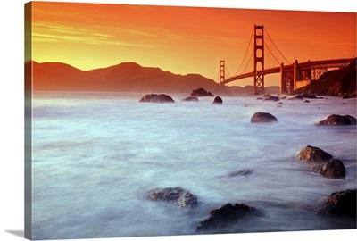 California, San Francisco, Golden Gate Bridge from Marshall Beach