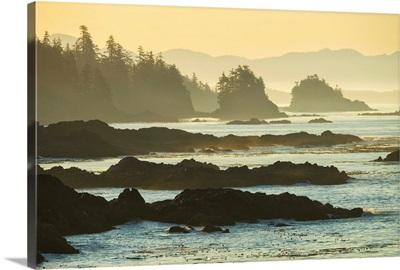 Canada, British Columbia Vancouver Island, Ucluelet, West Coast