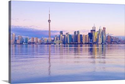 Canada, Ontario, Toronto, CN Tower and Downtown Skyline