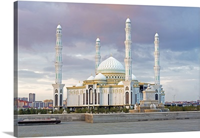 Central Asia, Kazakhstan, Astana, Hazrat Sultan Mosque, the largest in Central Asia
