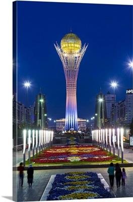Central Asia, Kazakhstan, Astana, Nurzhol Bulvar, Bayterek Tower