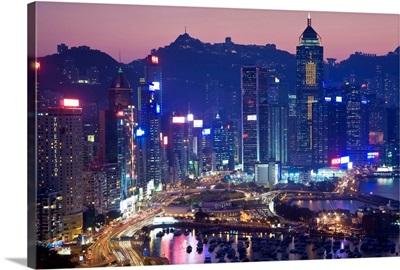 China, Hong Kong, Hong Kong Island, Causeway Bay view across harbour to Victoria Peak