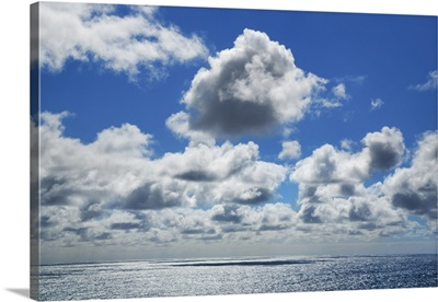 Cloud Impression At Ocean, Australia, Leeuwin Naturaliste National Park, Yallingup