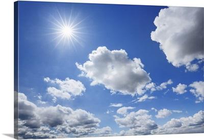 Cloud Impression With Sun, Germany, Bavaria, Upper Bavaria, Freising, Giggenhausen