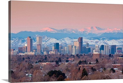 Colorado, Denver, city view and Rocky Mountains from the east