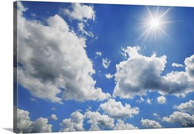 Cumulonimbus Cloud And Sun, Germany, Bavaria, Upper Bavaria, Freising, Giggenhausen