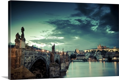 Czech Republic, Charles Bridge, Hradcany Castle and St. Vitus Cathedral