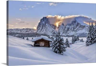Dolomites, South Tyrol, Italy, Sunrise On The Seiser Alm With The Peaks Of Sassolungo