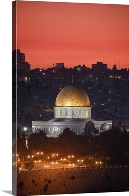 Dome of the Rock Mosque, dusk, Jerusalem, Israel