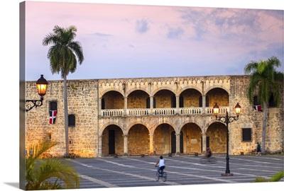 Dominican Republic, Santa Domingo, Plaza Espana, Alcazar de Colon