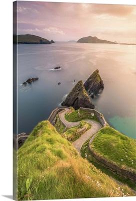 Dunquin pier, Dingle peninsula, County Kerry, Munster province, Ireland