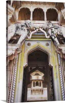 Elephant gate, Bundi Palace, Bundi, Rajasthan, India