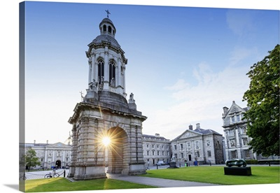 Europe, Dublin, Trinity college at sunset