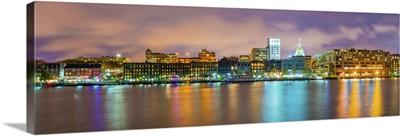 Georgia, Savannah, Skyline reflected in the Savannah river