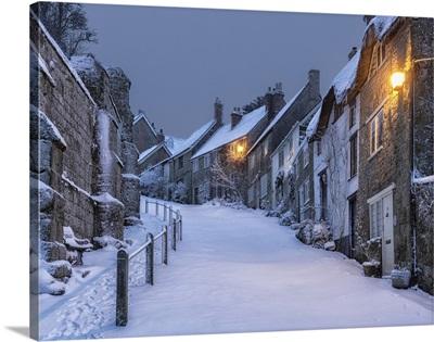 Gold Hill In Winter, Shaftesbury, Dorset, England, UK
