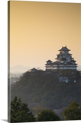 Himeji Castle at dawn, Himeji, Kansai, Honshu, Japan