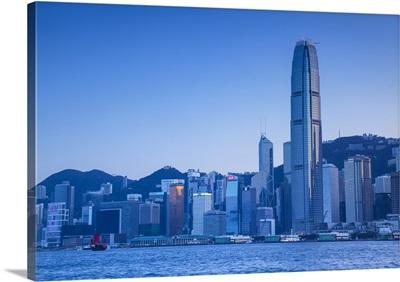 Hong Kong Island skyline and junk boat, Hong Kong Island, Hong Kong