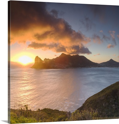 Hout Bay at sunset, Cape Town, Western Cape, South Africa