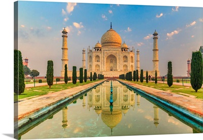 India, Taj Mahal Mausoleum In The Early Morning Reflecting In The Water Pool