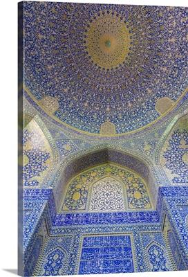 Iran, Central Iran, Esfahan, Naqsh-e Jahan Imam Square, Royal Mosque, interior mosaic