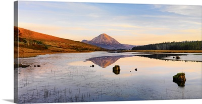 Ireland, County Donegal, Mount Errigal reflected in Clady river