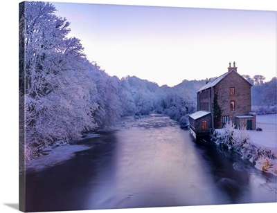 Ireland, County Donegal, Ramelton, River lennon in winter, House by river