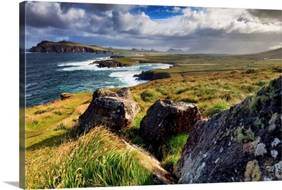 Ireland, Kerry, Dingle, View over Ballyferriter Bay from Clougher Head