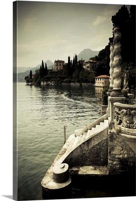 Italy, Lombardy, Lake Como, Varenna, Villa Monastero, gardens and lakefront