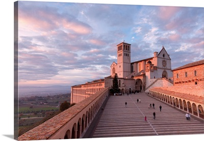 Italy, Perugia distict, Assisi, The Basilica of St. Francis at sunset