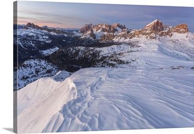 Italy, Veneto, Belluno, Winter view from Mount Pore northward, Dolomites