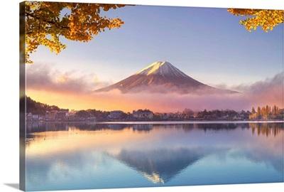 Japan, Fuji, Hakone, Izu National Park, Mt Fuji and Kawaguchi Ko Lake