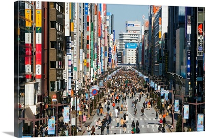 Japan, Honshu, Tokyo, Ginza, elevated view along Chuo-dori, shopping district