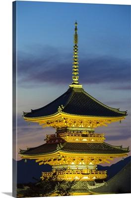 Japan, Kyoto, Higashiyama District, Kiyomizu-dera Temple, Three-storied Pagoda