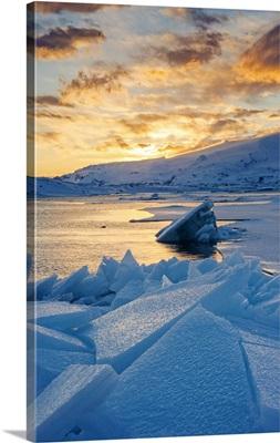 Jokulsarlon glacier lagoon, Iceland, Blocks of ice in the frozen lagoon