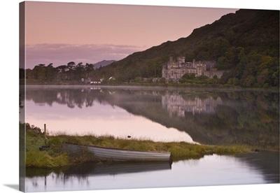 Kylemore Lake, Connemara National Park, Connemara, Co. Galway, Ireland