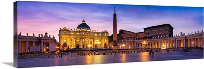 Main facade and dome of St. Peter's Basilica in Vatican city, Rome, Italy