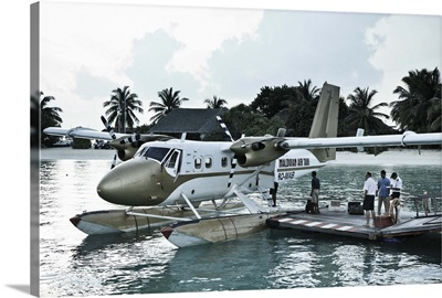 Maldives, Seaplane at Resort